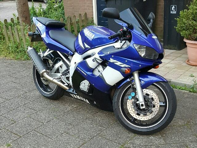 Yamaha YZF - R 6