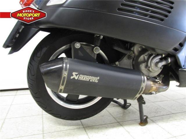 Vespa GTS 300 SUPER SPORT