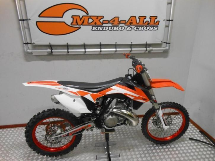 KTM 250 SX 2-takt 2016 20 hours only ! (bj 2016)