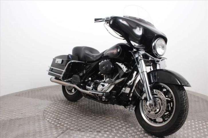 Harley-Davidson FLHTC Electra Glide Classic (bj 2005)