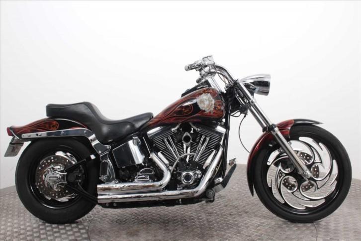 Harley-Davidson FXSTC Softail Custom (bj 1996)