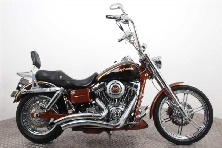 Harley-Davidson FXDSE CVO Dyna (bj 2008)