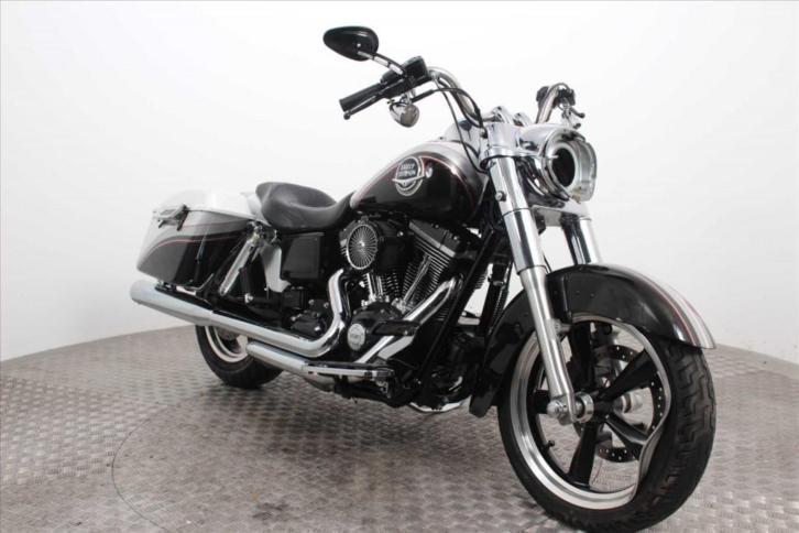 Harley-Davidson FLD Switchback ABS (bj 2013)