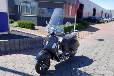 Vespa GTS300 (bj 2012)