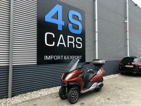 Motor Peugeot Metropolis 400CC 27KW! B-RIJBEWIJS/VOETREM RIJ